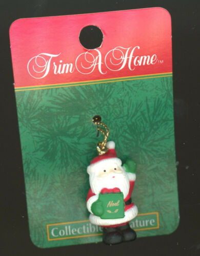 """Christmas Tree Trim Decoration Collectible Miniatures about 1/"""" 2/"""" string B-3-2"""