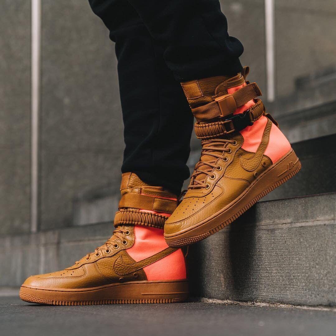 Nike männer sf af1 qs - größe größe größe 8 (wüste ocker / orange) 903270 - 778 fdfaa6