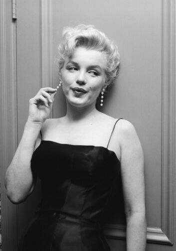 Marilyn Monroe Vintage Poster Wall Art Print Card or Canvas