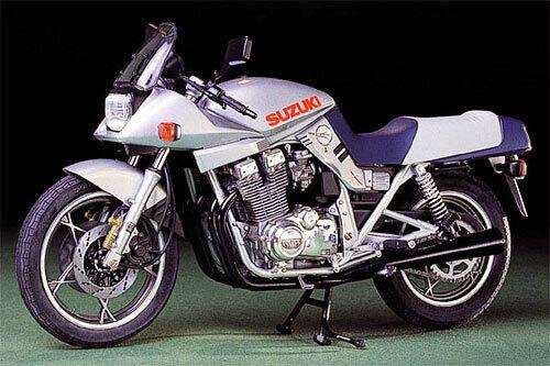Tamiya 14010 1//12 Scale Motorcycle Model Kit Suzuki Katana GSX1100S GS1100S