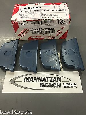 OEM NEW! Scion tC 2005-2010 Front Brake Pad Set