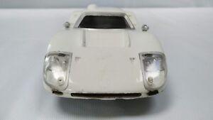 Vintage-Hasbro-Amaze-a-matics-blanco-Mark-IV-Ford-5865-hecho-en-Japon-Coche-de-juguete