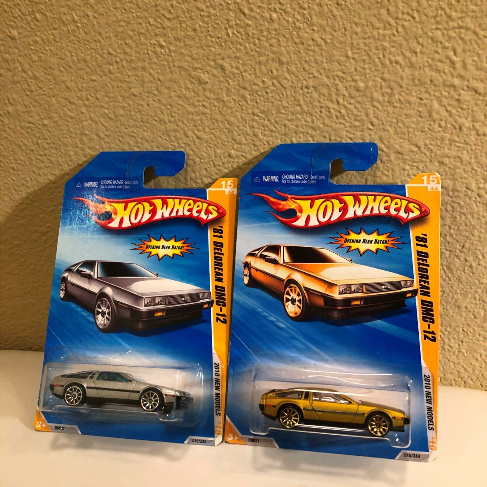 Hot Wheels 2014 33//250 '81 DELOREAN DMC-12 RED HW CITY H129