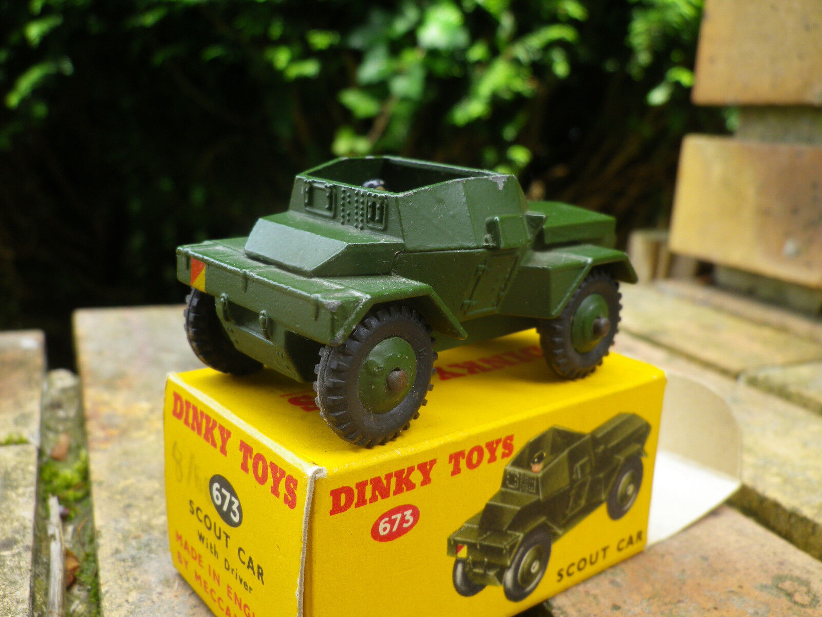 Dinky 673 scout car made in england years 60, like new in original box