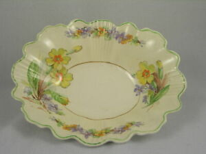 Wedgewood-amp-Co-Ltd-England-Candy-Dish-Yellow-amp-Purple-Flower-Design