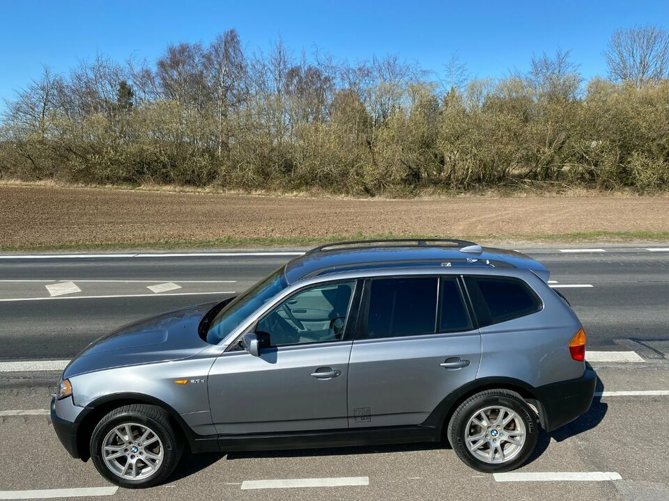 BMW X3 3,0 D Van Diesel modelår 2004 Blåmetal km 325000