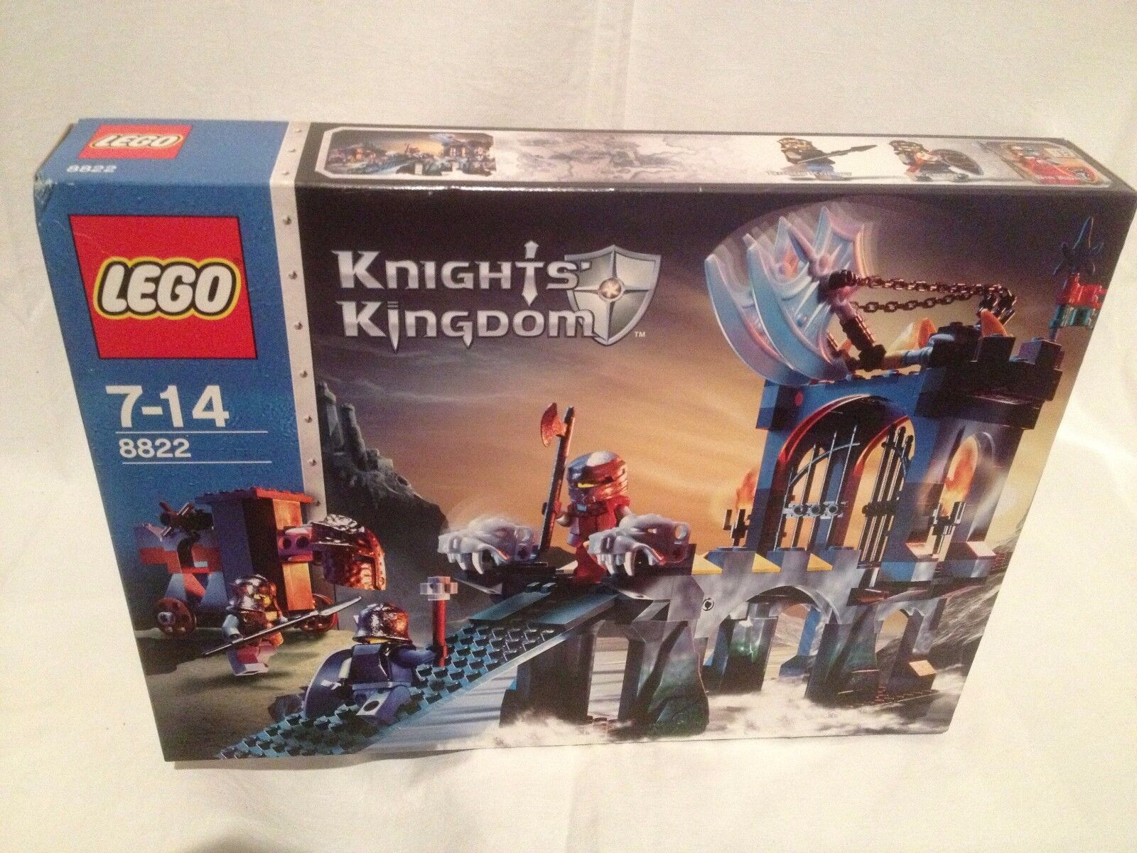 Lego Knights Kingdom 8822 Gargoyle Bridge NEUF 1 édition