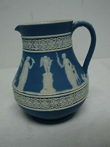 ANTIQUE-WEDGWOOD-ENGLAND-DARK-BLUE-JASPERWARE-CREAMER-4-1-2-034