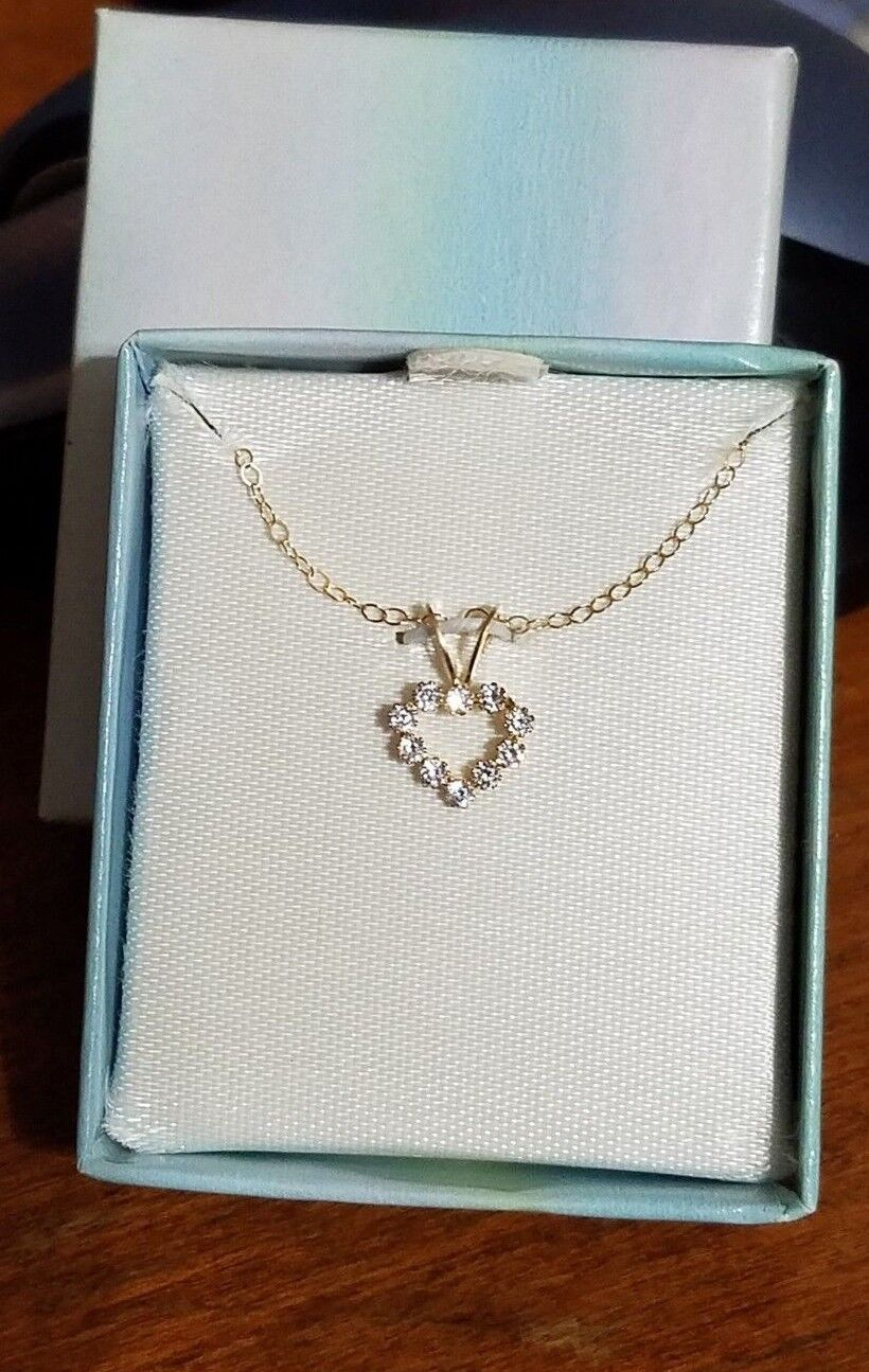 14k gold CZ Heart Pendant 13  Chain - JC Penney 159.99  New In Box