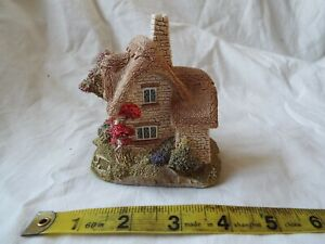 Lilliput-Lane-Collection-039-Beehive-Cottage-039-Original-BOXED-DEEDS