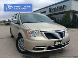 2014 Chrysler Town & Country Limited l Sunroof l NAV l Super Clean