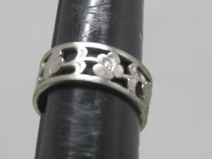 Avon-Mountain-Flower-Band-Ring-Size-7-5-and-7-5mm-Silver-Tone-1980-039-s-1990-039-s