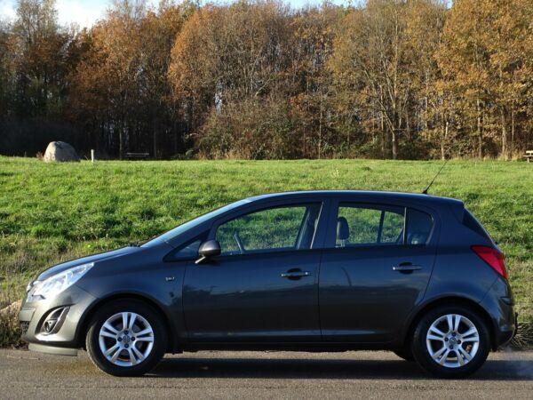 Opel Corsa 1,4 16V Cosmo - billede 2