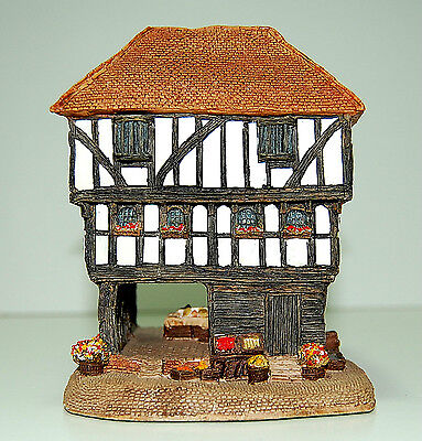 Lilliput Lane Guild Hall 1989 Exclusive for The Guild of Specialist China &Glass