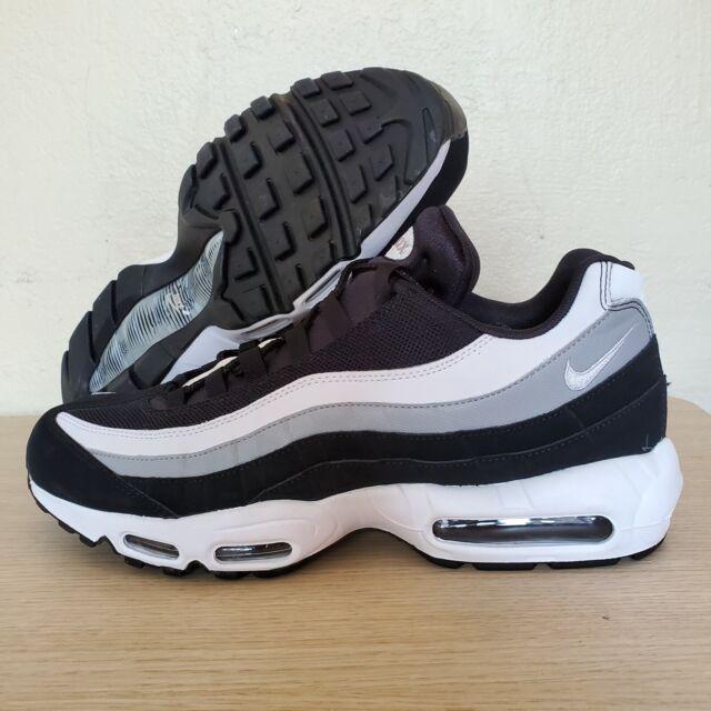 Nike Air Max 95 Essential Black Mens Running Shoe Sz 9 Sneaker Grey White Stripe