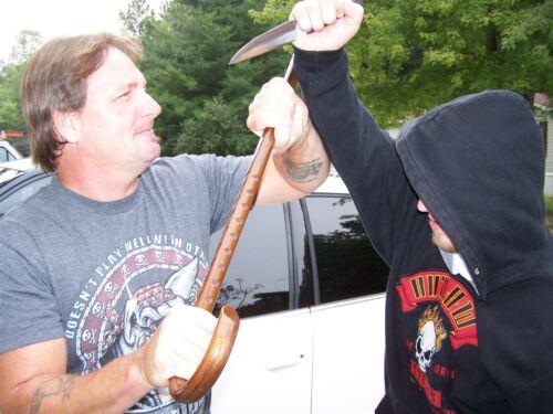 BLACK BELT CANE /& FREE SELF DEFENSE DVD MARTIAL ARTS-MADE IN THE USA  OAK CANE