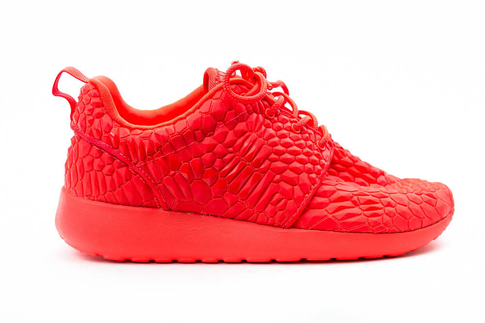 NIKE ROSHERUN PRINT femmes  LIMITED RELEASE RUNNING  Chaussures   rouge  SIZE: 9.5 599432 600