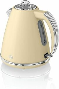Swan Retro 1.5 Litre Jug Kettle with 360 Degree Rotational Base 3KW cream
