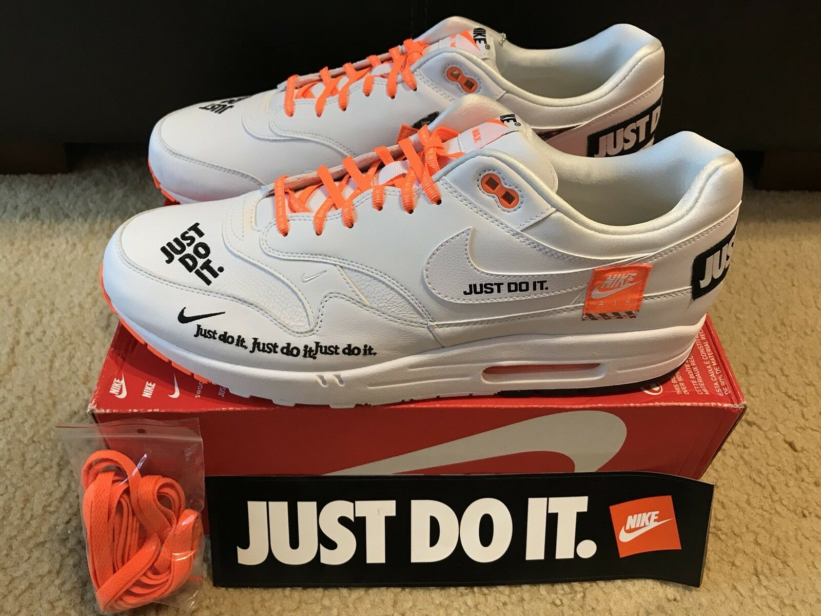 NIKE AIR MAX 1 SE SHOES  JUST DO IT  MENS SZ 15 White Total orange  AO1021 100