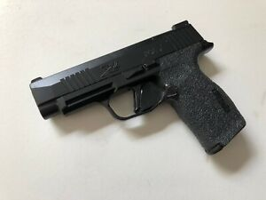 HANDLEITGRIPS-Laser-Cut-Textured-Rubber-Gun-Grip-Wrap-SIG-SAUER-P365-XL