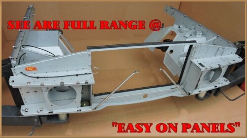 Range Rover wing bracket lower pair