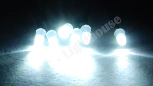 RC4WD 240 Blitz LEDs for Light Bar 6 White LEDs 3mm 6W3 with JR male plug