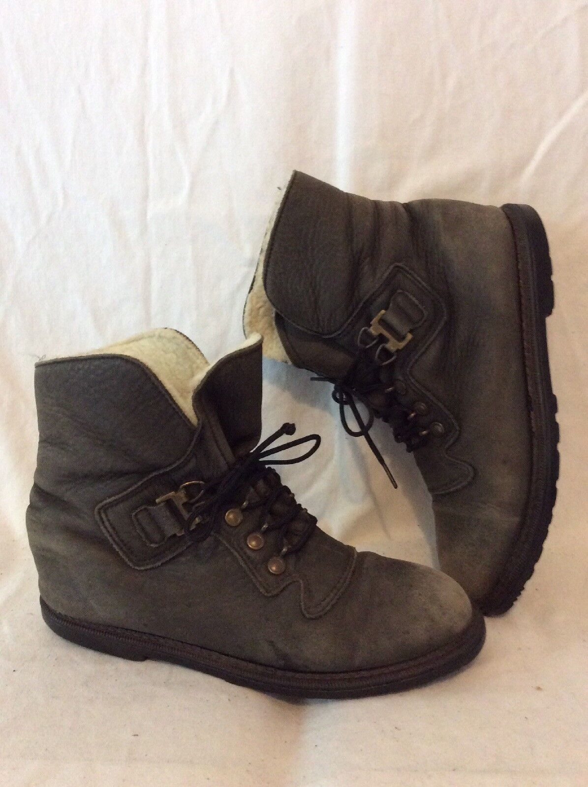 DEFROSTERS Khaki Ankle Leather Boots Size 8