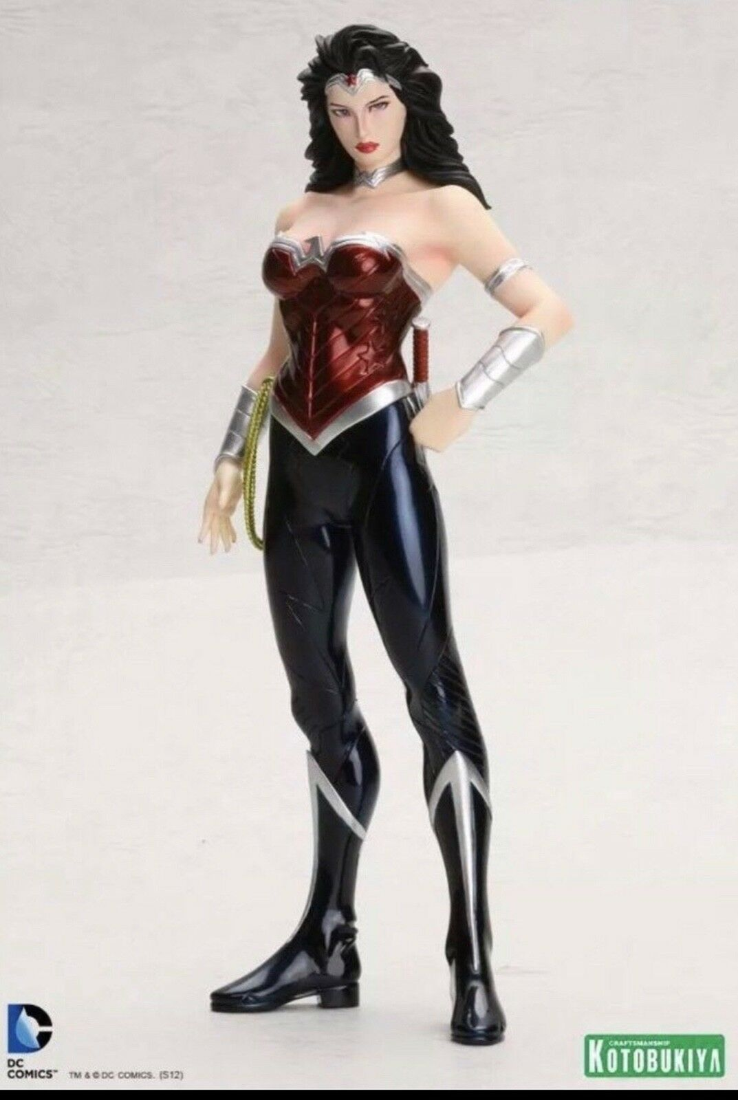 Brand New Sealed Kotobukiya Wonder Woman  DC Comics  New 52 ArtFX Statue figure