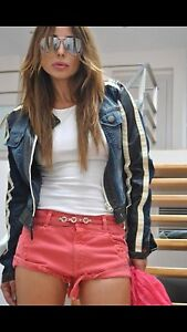 Zara-Rojo-Rasgado-Con-vuelta-Mini-Shorts-Pantalones-Talla-RU-10-EUR38-US6