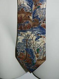 417-by-Van-Heusen-Water-Fowl-Flying-Ducks-in-the-Marsh-Men-039-s-Silk-Necktie-Tie
