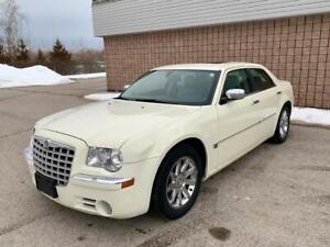 2005 Chrysler 300 C | HEMI | LEATHER | NAVI |