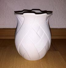 Porzellan Vase AK Kaiser in weiß aus Biskuitporzellan Blumen - seltenes Dekor