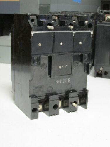 D-57 3P Cat# AT32020 . * TRUMBULL ELECTRIC Circuit Breaker 20A