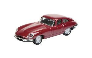 452617400-Schuco-Jaguar-E-type-dunkelrot-26174-1-87