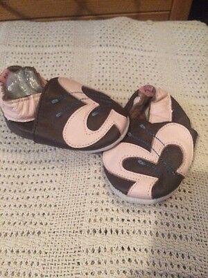 Mini Cuero Suave Zapatos Bebé Infantil Talla 0-6 meses mantequilla de diseño de flores niña
