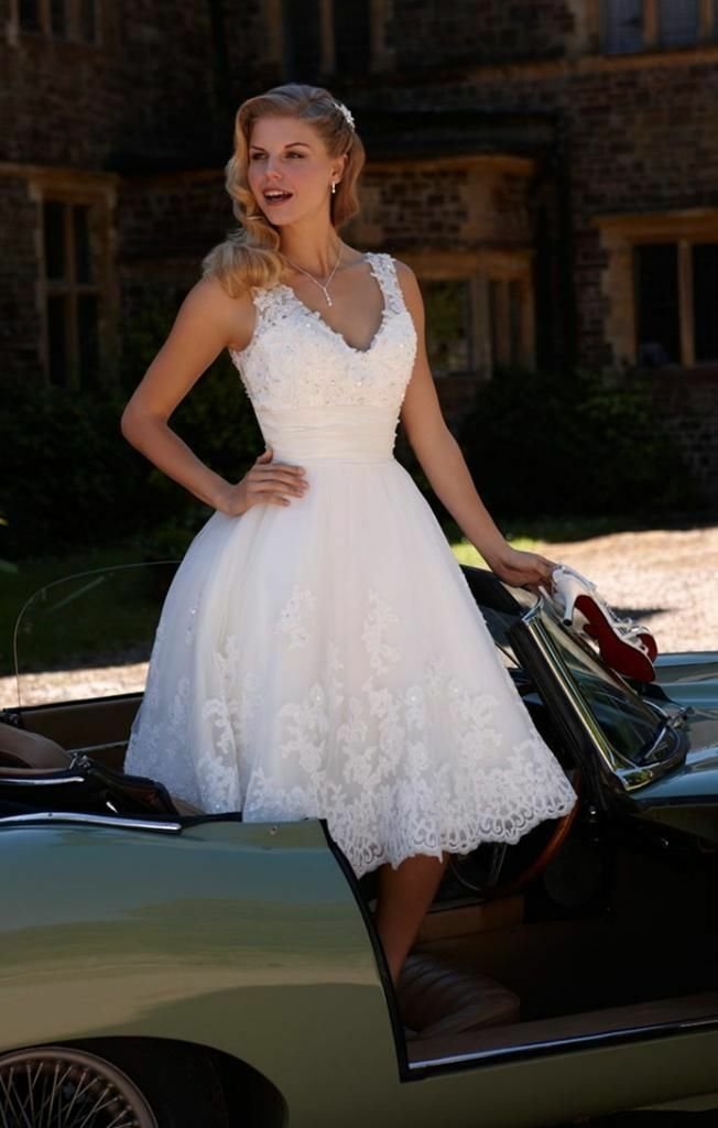 2019 New White/Ivory Lace Knee Length Wedding Dress Bridal Gown Stock Size 6-18