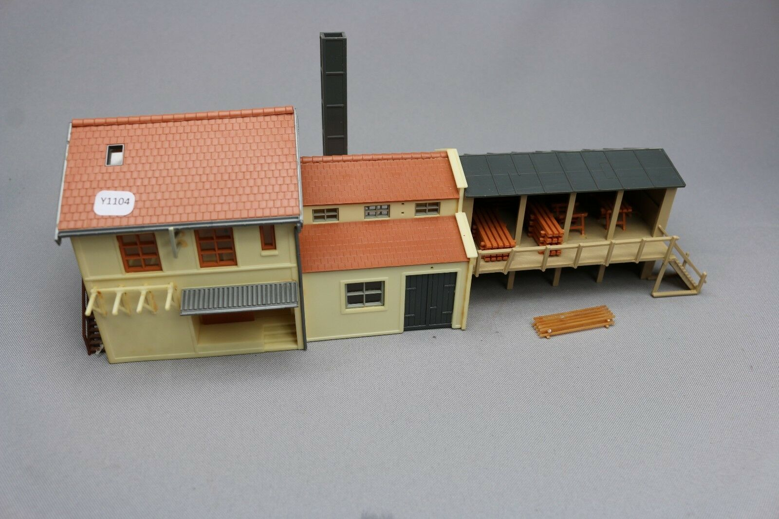 Y1104 Jouef 1290 maquette train Ho 1 87 menuiserie hangar carpentry assemblé