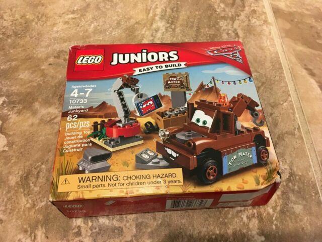 Lego Juniors Disney Pixar Cars Mater's Junkyard 10733
