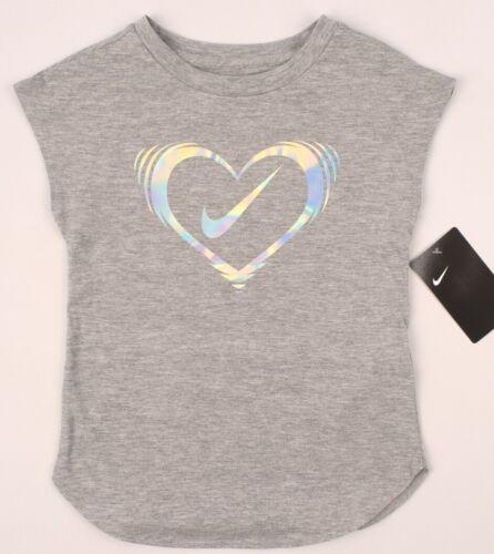 Taglie 3 4 5 6 7 anni Nike Ragazze Bambini Cuore Logo T-shirt girocollo Grigio Heather