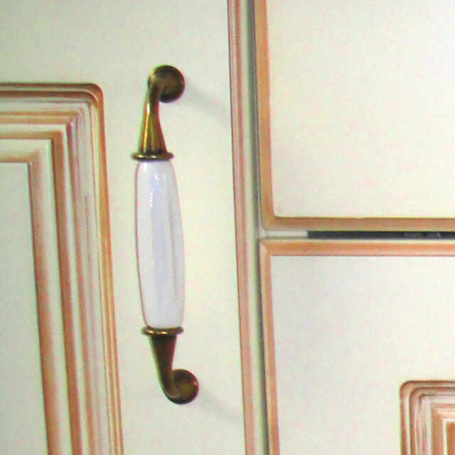 NEU Komode Griffe Porzellan Antik Metalfuss Bronze-Weiss Pull Handle 2 STK
