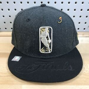 NBA-2017-The-Finals-Gold-Logo-New-Era-9Fifty-Snap-Back-Flat-Bill-Cap-EUC-Hat