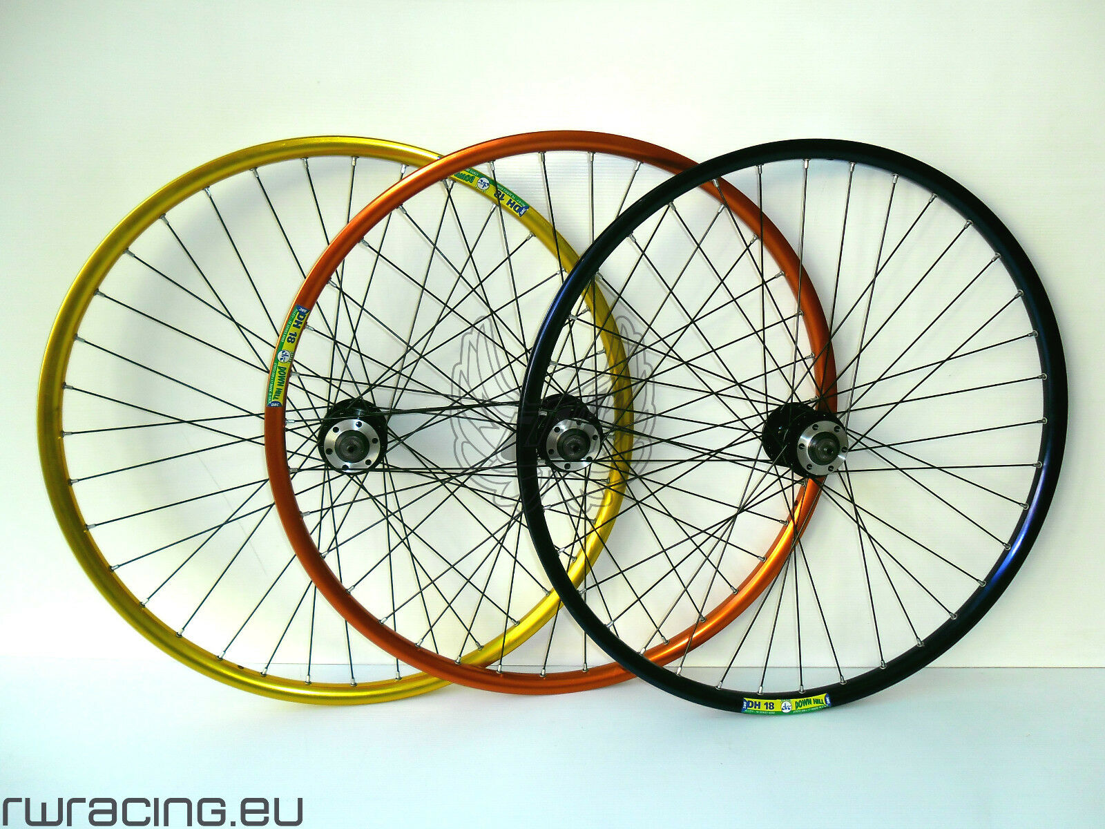 Coppia ruote anodizzate DRC 26 disco per bici   mtb - disk anodized bike wheels