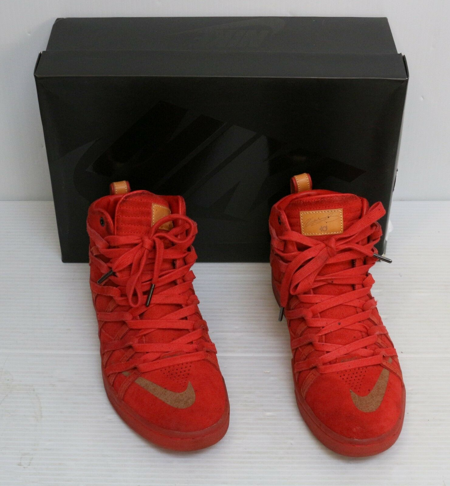 Nike KD 7 VII NSW Lifestyle QS Challenge Red Suede 653871-600 Sz 9 DS