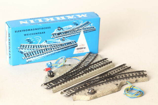 Märklin H0 5117 Electric Pair of Switches Boxed (168734 47)