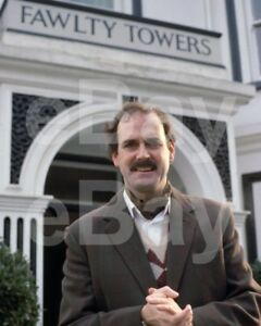 Fawlty-Towers-TV-John-Cleese-034-Basil-034-10x8-Photo