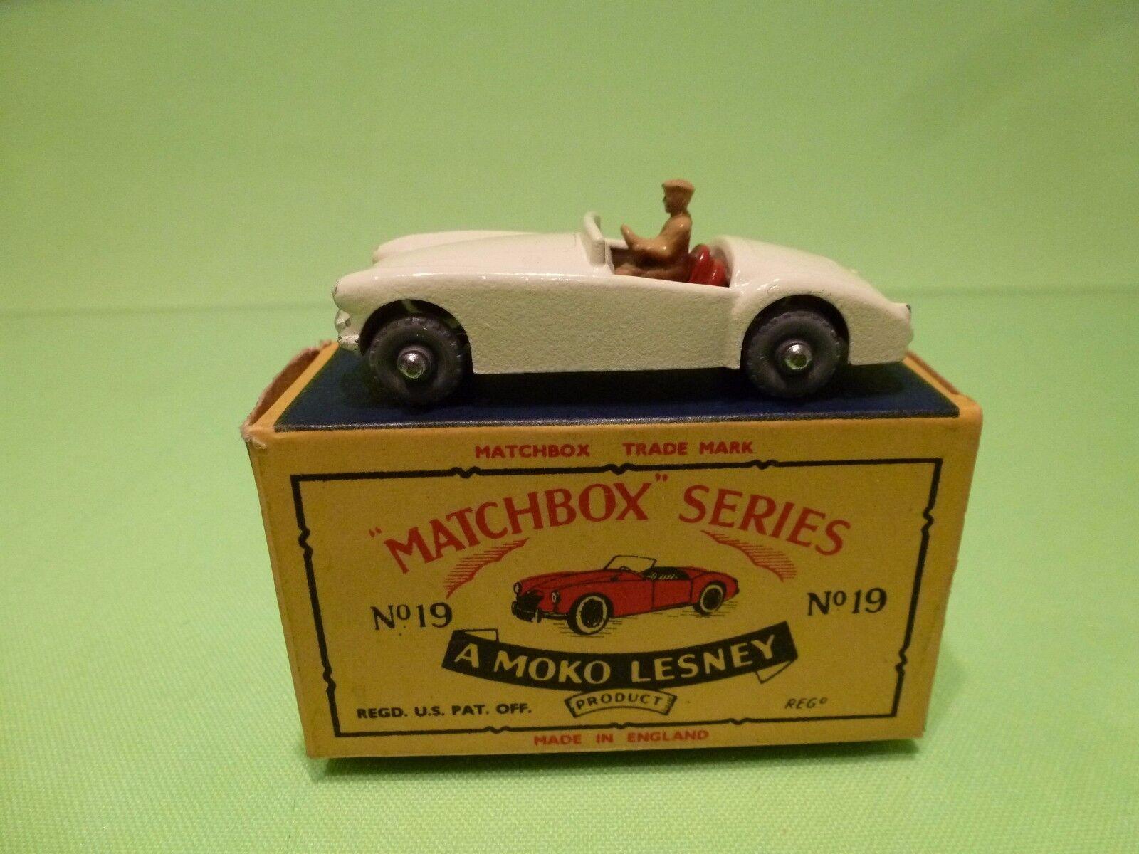 LESNEY 19 MG A SPORTS CAR - BROKEN bianca - MINT IN BOX - HIGH QUALITY