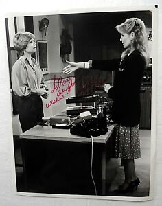 Shelly Fabares Autographed 7x9 Photo Tv Actress One Day At A Time