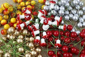 50-x-Red-Gold-Silver-Artificial-Holly-Berries-15mm-Christmas-Wreaths-Display