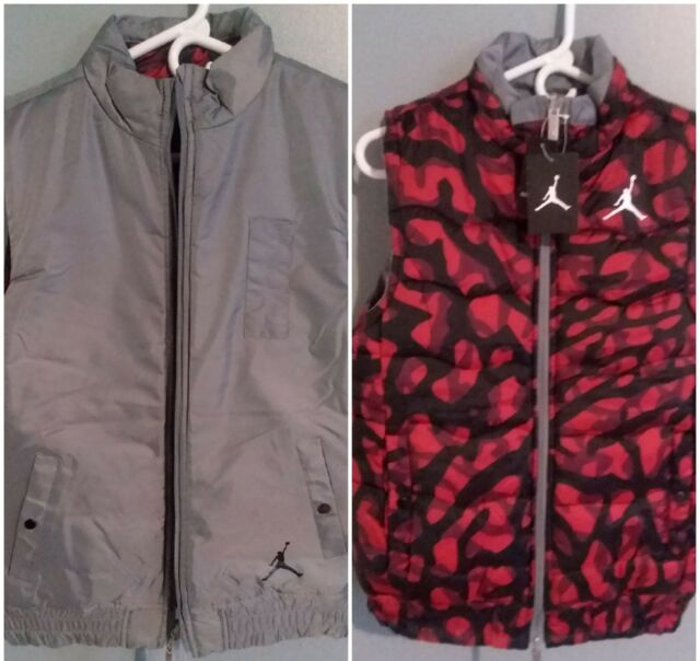 590dd2cb51d Air Jordan Nike Youth Boys Reversible Puffer Vest Size Large Gray Red  Camouflage