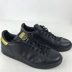 Adidas Stan Smith lace up sneakers in black